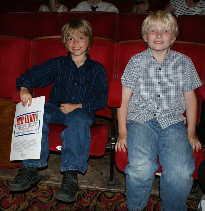 Eliot and brother Joe at Billy Elliot Youth Theatre Gala - July 19 2010. Picture by shadowchaser.